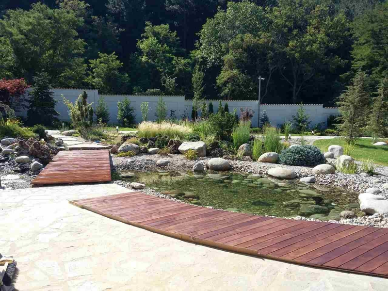декоративно езеро - озеленяване